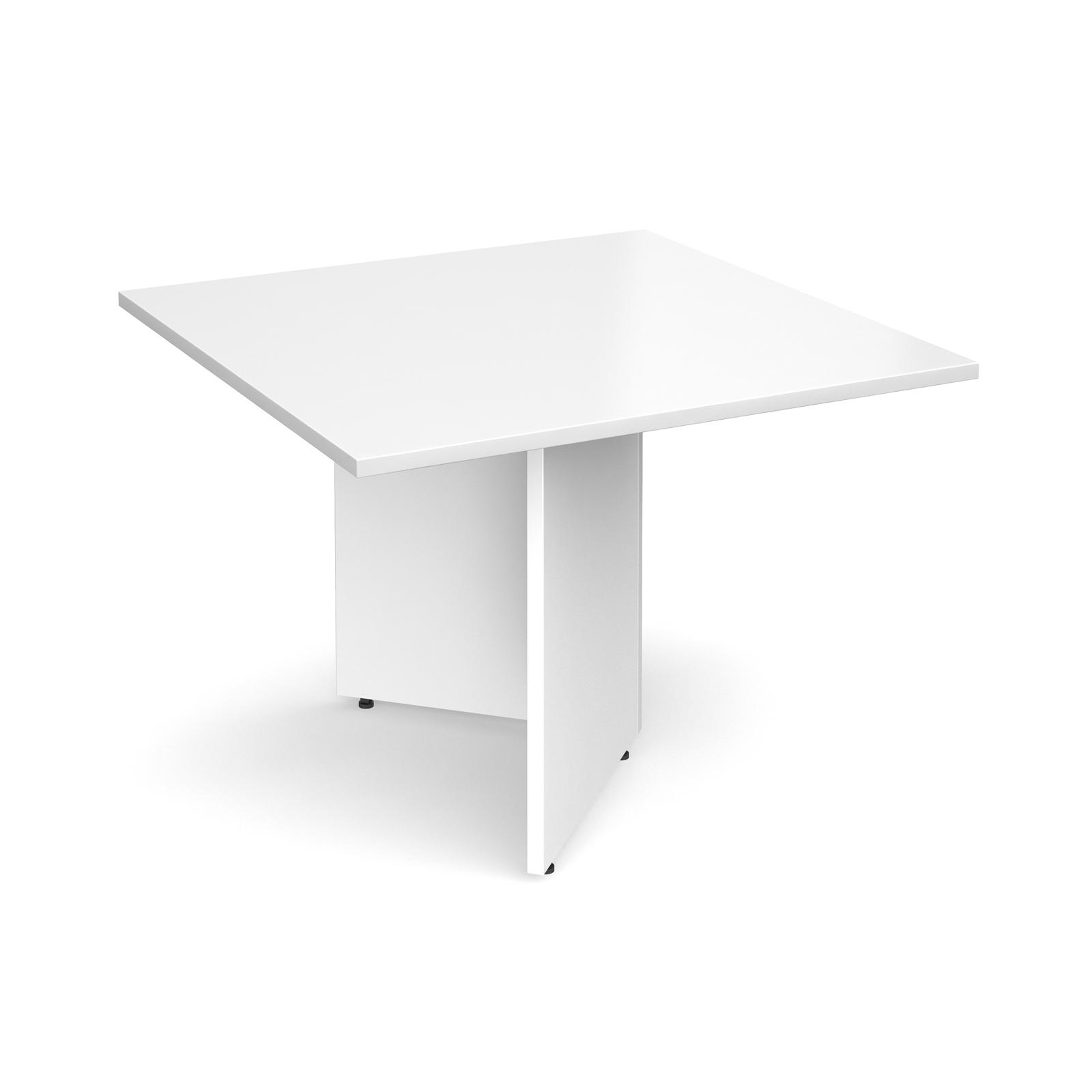 Arrow head leg square extension table