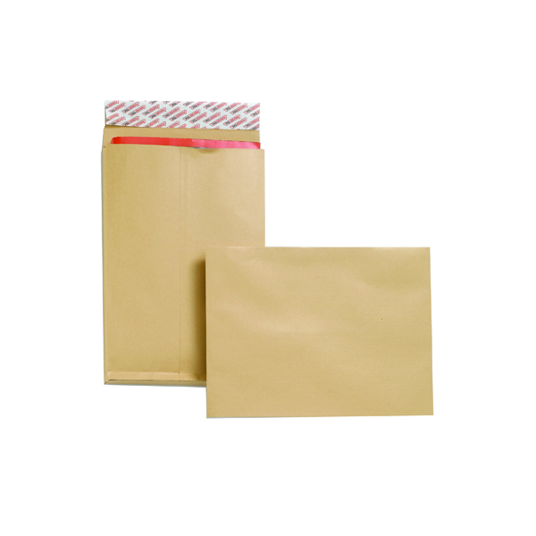 New Guardian Gusset C4 Envelope 130gsm Manilla Peel and Seal (25 Pack) F27666